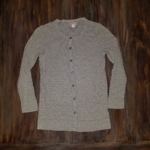 3/4 Sleeved Gray Cardigan w/ Scalloped Detailing